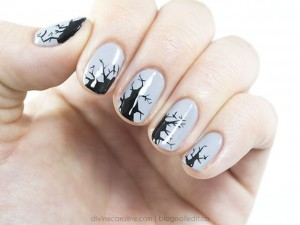 600_story_cracky_halloween_nails